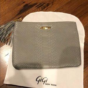 GIGI NEW YORK GREY CLUTCH
